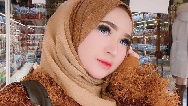 Selebgram Herlin Kenza bakal segera disidang terkait kasus kerumunan abai protokol kesehatan di Aceh.