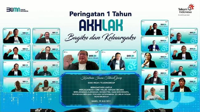 Peringatan setahun penerapan AKHLAK sebagai core values perusahaan dilakukan TelkomGroup dengan menggelar acara bertemakan 'Bagiku & Keluargaku'.