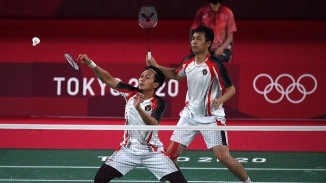 Mohammad Ahsan/Hendra Setiawan kalah dari Lee Yang/Wang Chi Lin dengan skor 11-21, 10-21 di semifinal Olimpiade Tokyo 2020.