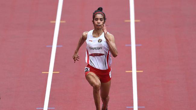 Sprinter putri Indonesia Alvin Tehupeiory minta maaf setelah gagal menembus semifinal nomor lari 100 meter putri Olimpiade Tokyo 2020.