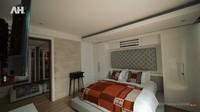 <p>Bagian kamar crazy rich Bali ini juga tak kalah mewah. Dirancang seperti kamar hotel, selimut dan sarung bantal kasurnya juga memakai merek Hermes. (Foto: YouTube AH)</p>