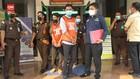 VIDEO: Potong Uang Bansos 700 Warga, 2 Guru Honorer DItangkap