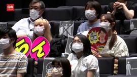 VIDEO: Penonton Olimpiade Tokyo Gelar Nobar Tanpa Teriak