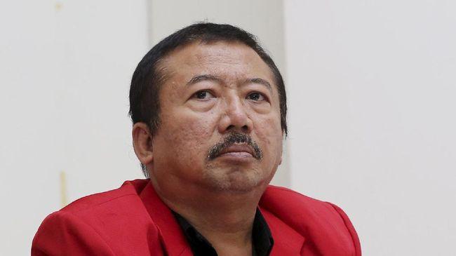 Berita duka datang dari politikus PDI Perjuangan. Anak politikus PDIP Bambang Dwi Hartono dikabarkan meninggal dunia pada pagi ini, Sabtu (31/7).
