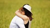 <p>Sebelum menikah, tak banyak momen romantis yang mereka berdua bagikan di media sosial. Tapi, foto dan caption yang sesekali mereka unggah berhasil membuat netizen baper. (Foto: Instagram @felixdjimin)</p>
