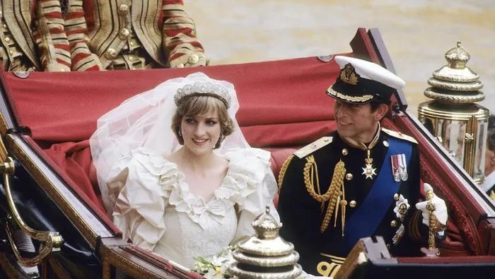 Ternyata Segini Harga dari Gaun Pengantin Para Keluarga Kerajaan, Siapa yang Paling Mahal?