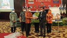 Peluncuran Buku Kepala BPH Migas Dihadiri Para Tokoh Nasional