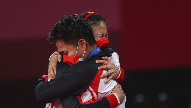 Ma'ruf Amin mengaku terharu melihat perjuangan Greysia Polii/Apriyani Rahayu dan atlet-atlet Indonesia lainnya di Olimpiade Tokyo 2020.