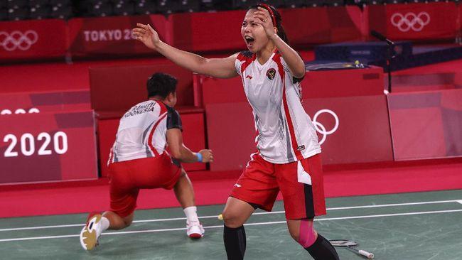 Presiden RI Joko Widodo mengaku deg-degan saat berbincang dengan Greysia Polii/Apriyani Rahayu yang berhasil meraih medali emas Olimpiade Tokyo 2020.