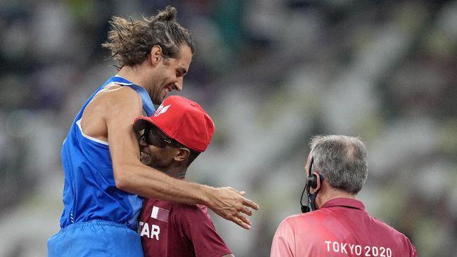 Mutaz Barshim dan Gianmarco Tamberi sepakat berbagi emas Olimpiade. Berikut efeknya terhadap klasemen Olimpiade Tokyo 2020.