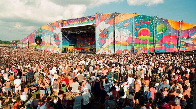 Film dokumenter bertajuk Woodstock 99: Peace, Love, and Rage mengungkap berbagai kejadian kelam yang terjadi selama festival musik Woodstock 99.