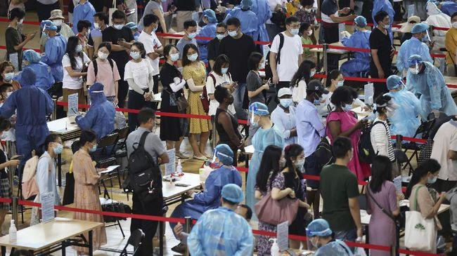 China pecat pejabat lalai cegah kenaikan kasus Covid-19 dan 122 warga Taiwan dipulangkan dari Indonesia.