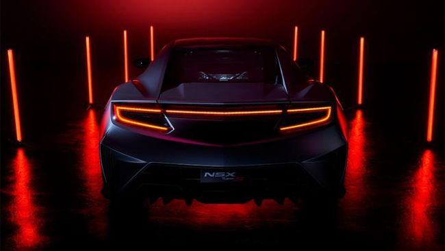 Generasi kedua Honda NSX (Acura NSX) diputuskan berhenti diproduksi pada Desember 2022, edisi terakhir dinamakan Type S.