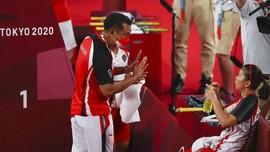 Tangan Dingin Eng Hian Bawa Greysia/Apriyani Juara Olimpiade