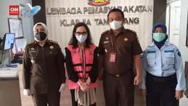 VIDEO: Eks Jaksa Pinangki Ditahan di Lapas Wanita Tangerang
