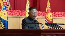 VIDEO: Tampil Kepala Diperban Kesehatan Jong Un Dipertanyakan