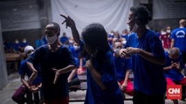 FOTO: Vaksinasi Covid-10 ODGJ di Bekasi
