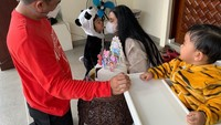 <p>Putri pertama Bobby dan Kahiyang, Sedah Mirah Nasution lahir pada 1 Agustus 2018. Sedangkan anak keduanya, Panembahan Al Nahyan Nasution lahir pada 3 Agustus 2020. (Foto: Instagram @ayanggkahiyang)</p>