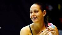<p>Setelah Tom Daley, atlet Inggris yang merajut di sela pertandingan curi perhatian. Kini giliran Pamela Ware, atlet loncat indah dari Kanada di Olimpiade Tokyo 2020. (Foto: Instagram @pamelaware)</p>