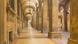 Bersantai di Portico, Teras Klasik yang Masuk Daftar UNESCO