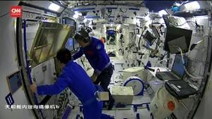 VIDEO: Astronaut China Pamer Aktivitas di Stasiun Tiangong