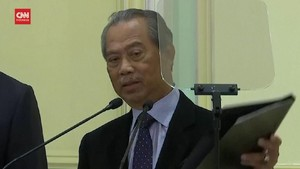 VIDEO: PM Malaysia Menolak Desakan Mundur UMNO dan Oposisi