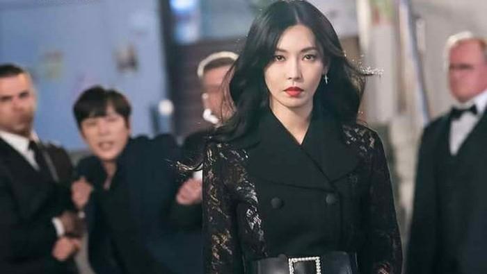 Merusak Mental Anak, 5 Pola Asuh ala Cheon Seo Jin di Drama The Penthouse Ini Jangan Sampai Dicontoh!