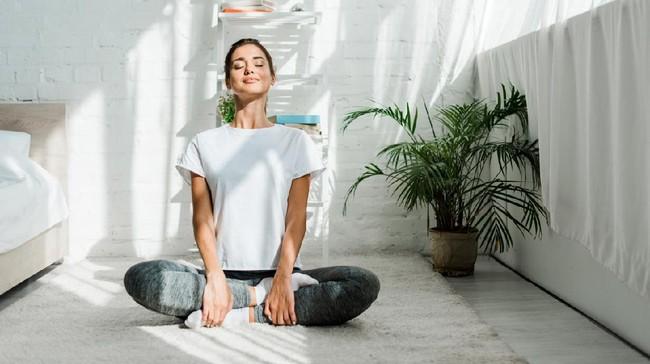 Mengenal Hot Yoga dan Manfaatnya untuk Kesehatan