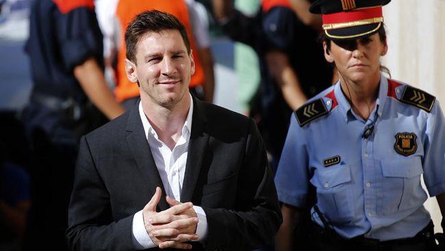 Perekrutan Lionel Messi membuat PSG menjadi klub olahraga dengan tagihan upah tertinggi di dunia dengan total tagihan £ 256 juta per tahun.
