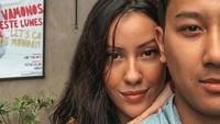 <p>Saat ini Darma Mangkuluhur juga sudah menggandeng seorang kekasih. Seperti yang dilihat dari laman instagramnya, diketahui ia sedang menjalin hubungan denganPatricia Schuldtz yang berprofesi sebagai DJ. (Foto: Instagram @darmamh)</p>