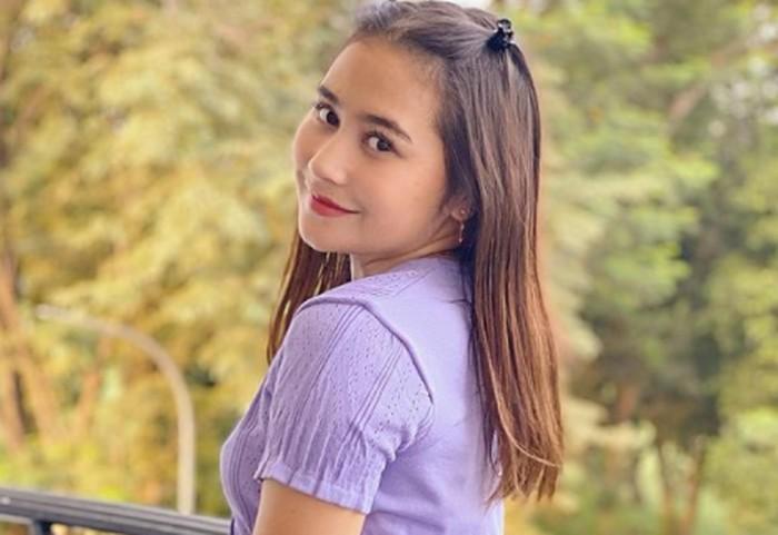 Terjun di dunia hiburan sejak masih kecil hingga jadi salah satu aktris terbaik di Indonesia, Prilly Latuconsina ternyata memiliki darah Maluku dari sang ayah. (Foto: instagram.com/prillylatuconsina96)