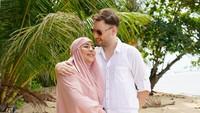 <p>Setelah menikah, Cinta Penelope pindah ke Turki dan tinggal bersama sang suami di sana, Bunda. Cinta yang pernah mengabarkan tengah sakit nampak berbahagia dengan suami ketiganya ini. (Foto: Instagram @princess_cinta_penelope)</p>