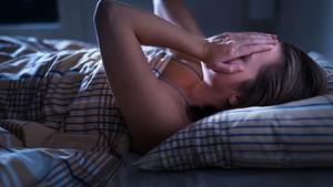 5 Alasan Sering Terbangun Sebelum Alarm Berbunyi