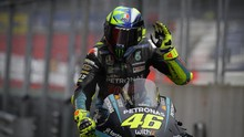 Rossi Pakai Helm Spesial Nuansa Pink di MotoGP San Marino