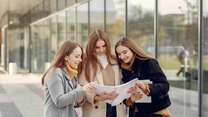 Sahabat Selamanya, Ini 4 Kiat Menjaga Persahabatan Tetap Langgeng
