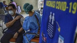 Koalisi: Ada Non-nakes Ditawari Booster Vaksin oleh Pejabat