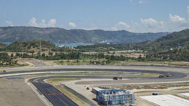 FIM bersama Dorna WorldSBK Organization resmi memundurkan jadwal seri World Super Bike Championship 2021 di Sirkuit Mandalika, Lombok selama satu Minggu.