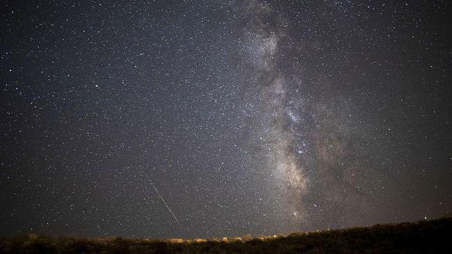 Hujan meteor Arids menyita perhatian para astronom. Fenomena itu pun dimasukkan ke dalam daftar kerja hujan meteor IAU pada 1 Oktober.