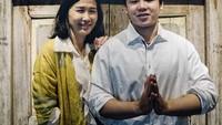 <p>Veronica Tan juga sangat akrab dengan putra sulungnya, Nicholas Purnama. Paras rupawan Veronica Tan juga diturunkan kepada anak-anaknya nih. (Foto: Instagram @veronicatan_official)</p>