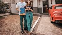 <p>Ifan Seventeen dan Citra Monica hidup bahagia usai menikah pada 29 Mei 2021. Mereka kini tinggal di rumah baru yang berlokasi di Cibubur. (Foto: Dok. Instagram @ifanseventeen)</p>