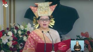 Berbusana Adat Minang, Puan Bacakan Teks Proklamasi