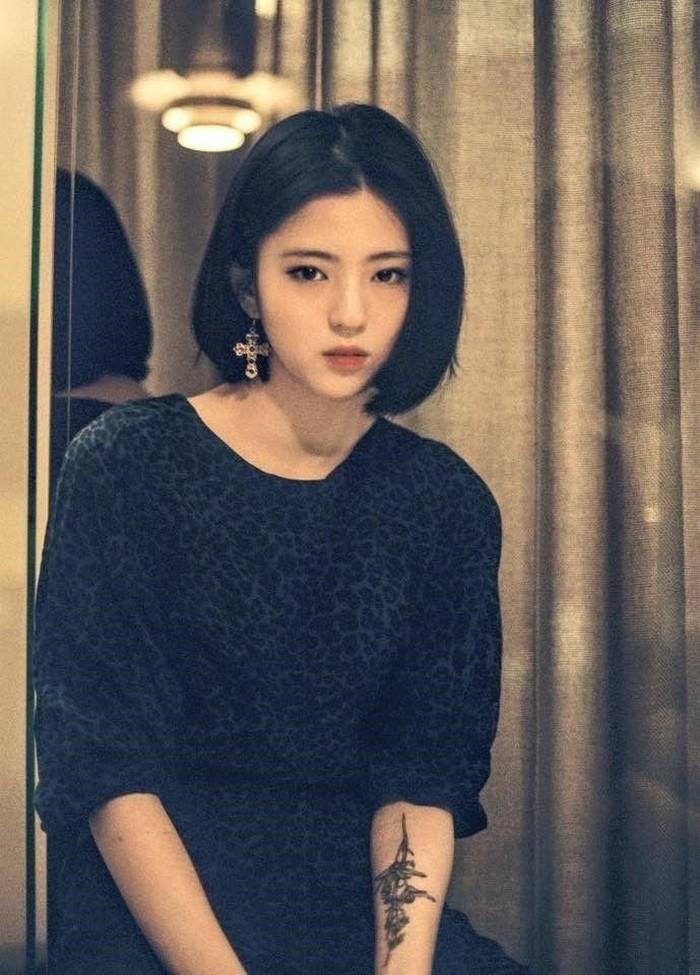 """Han So Hee tak menyangkal akan masa lalunya dan mengakui bahwa dirinya tak banyak berubah. """"Diriku saat itu adalah diriku saat ini, dan sampai saat ini aku pun masih tetap aku. Pandanganku terhadap dunia tidak banyak berubah."""" ucapnya./Foto: pinterest.com"""