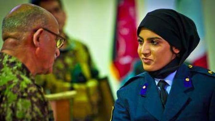 Niloofar mendapatkan asylum atau suaka dari pemerintah Amerika Serikat pada 2018. Namun keluarganya tetap berada di Kabul, Afghanistan. Foto: Twitter