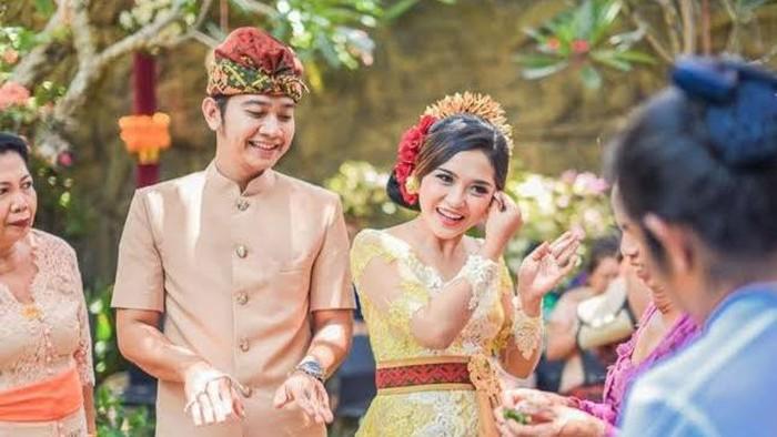 Wah... Kaya Akan Ragam Budaya! 5 Tradisi Unik Pra-nikah Ini Ternyata Cuma Ada di Indonesia