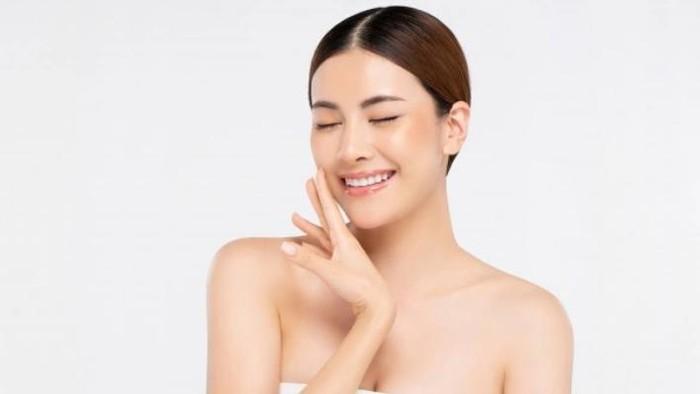 Masih Eksis & Mulai dari Rp6 Ribuan, 5 Skincare 'Jadul' Ini Bikin Kulit Mulus Bercahaya