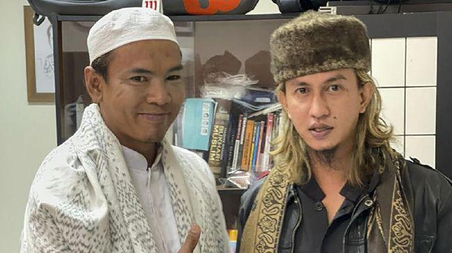Kuasa hukum Ryan Jombang, mengatakan setelah kesepakatan damai, tim pengacara juga memutuskan untuk tidak melanjutkan perkara tersebut ke kepolisian.