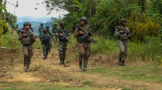 Penegakan hukum terhadap anggota Mujahiddin Indonesia Timur (MIT) Poso yang tersisa diminta dilakukan secara proporsional.