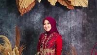 <p>Sudah lama tak tampil di FTV, Winda Khair kini mengenakan hijab. Sudah lebih dari setahun, tepatnya sejak Mei 2020, ia memutuskan untuk berhijab. (Foto: Instagram @windakhair)</p>
