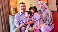 <p>Dari pernikahannya dengan suaminya, Winda Khair dikaruniai dua orang anak Qiara dan Arqi. (Foto: Instagram @windakhair)</p>