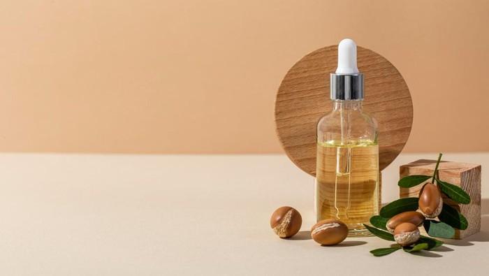 Bikin Kulit dan Rambut Lembap, Berikut 6 Manfaat Argan Oil yang Jarang Diketahui